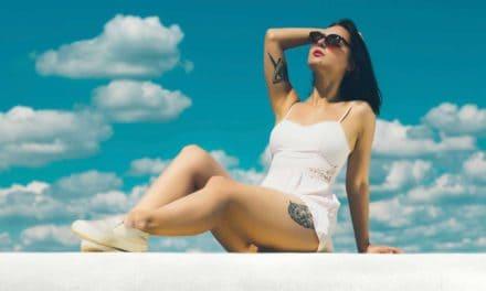 Tattoos und Sonneneinstrahlung – Was gibt es zu beachten?